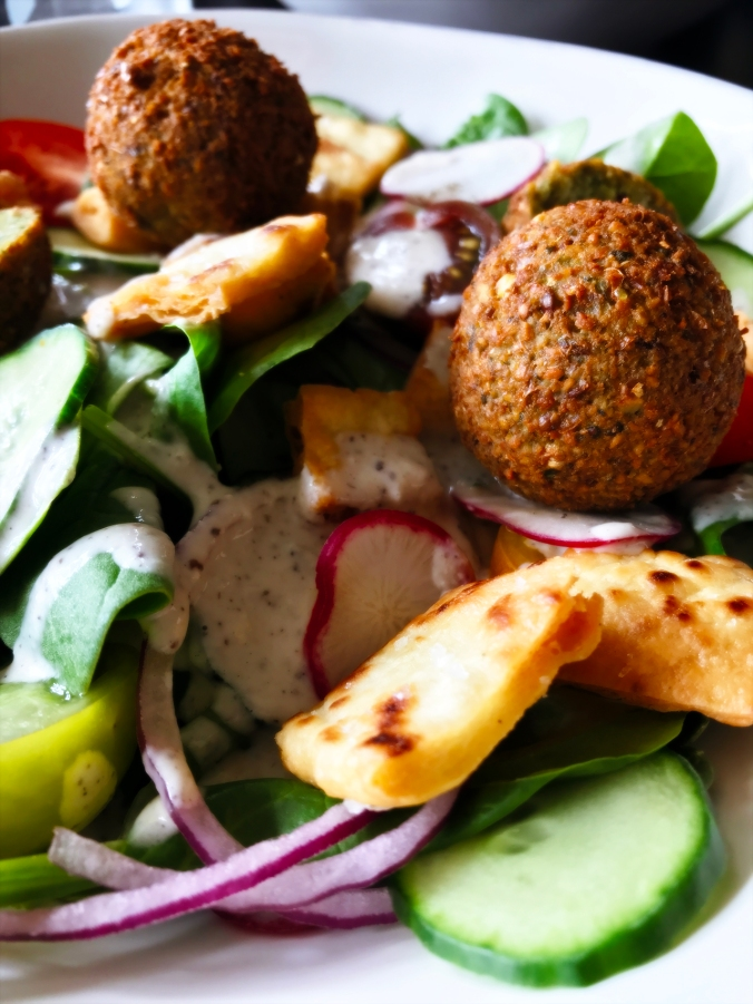 Falafel Fattoush